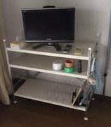 冷蔵庫、電子レンジ、液晶テレビ、スチールラック回収処分。2